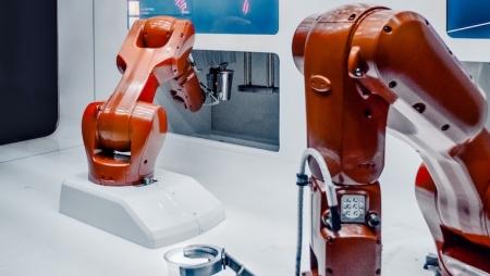 Automação em fábricas pode substituir 20 milhões de postos de trabalho