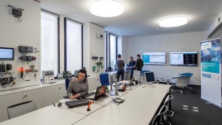 Siemens instala centros de inovação no Porto
