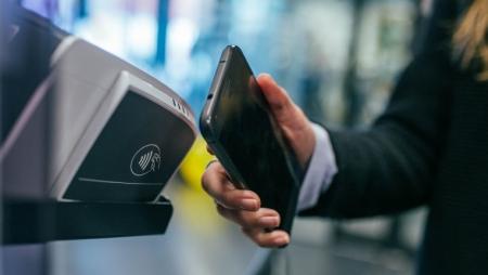 Minsait permite fazer levantamentos sem contacto nas caixas automáticas