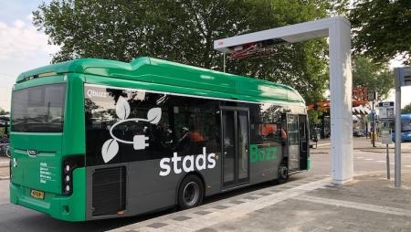 Holanda instala rede de carregamento rápido para autocarros elétricos