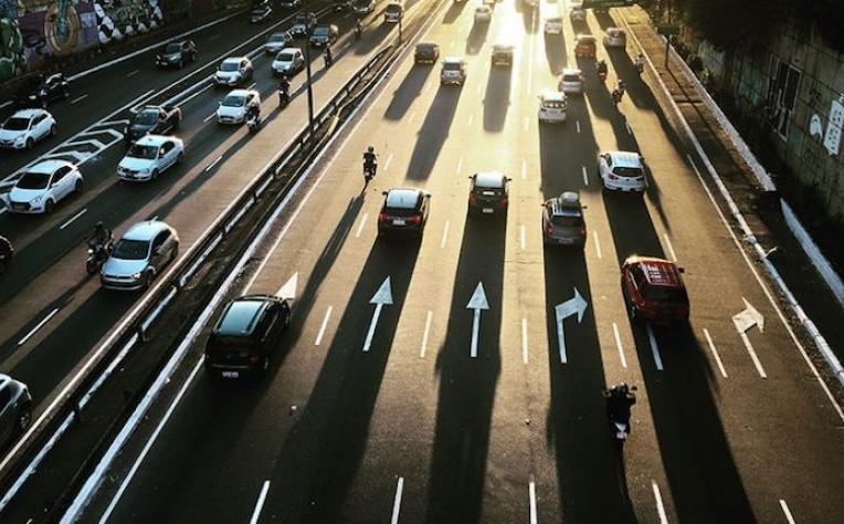 Reino Unido testa estradas geradoras de energia