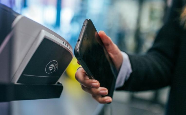Transportes públicos do Porto adotam pagamento automático contactless