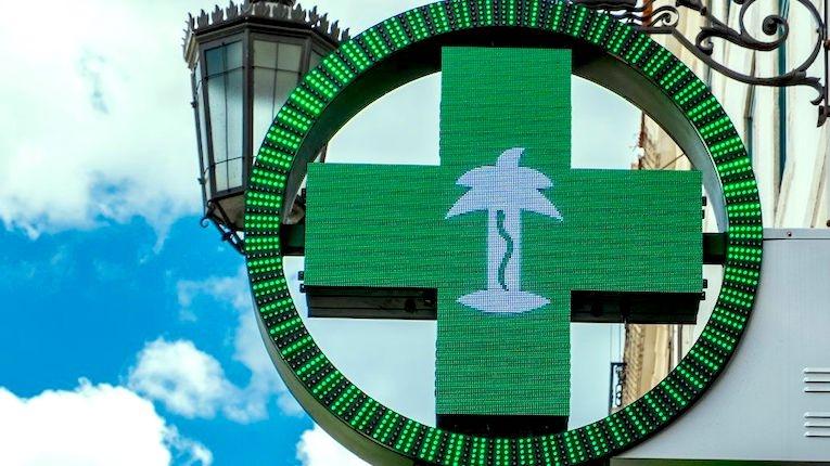 Portugueses em isolamento já podem encomendar medicamentos
