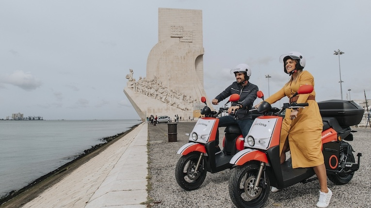 300 motas elétricas Acciona em Lisboa