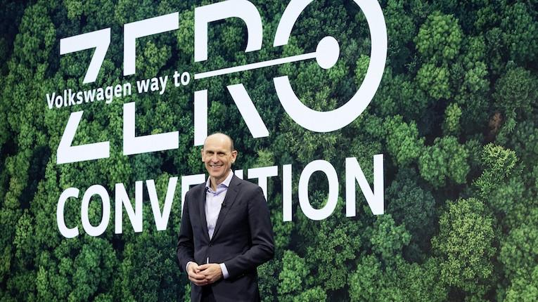 Volkswagen investe 14 mil milhões de euros em descarbonização