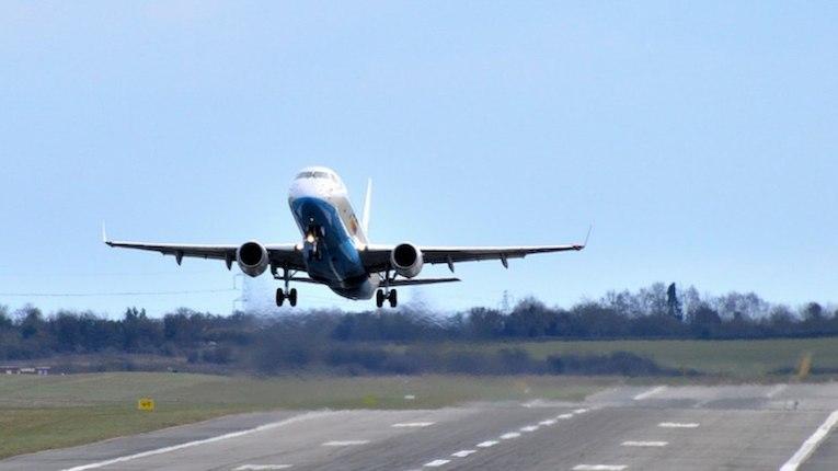 Indra desenvolve sistema de aterragem mais sustentável