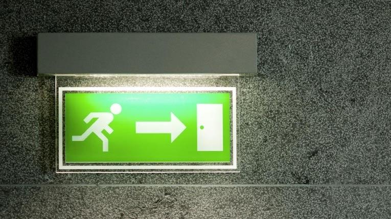 Oito passos para garantir a conformidade com regulamentos de segurança