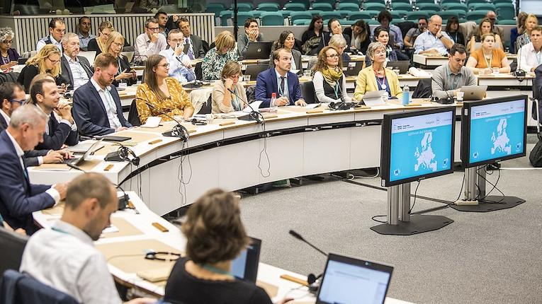 UE discute casos de sucesso de smart cities