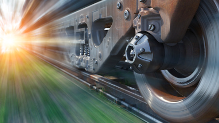 Projeto espanhol aproveita energia gerada nas ferrovias para carregar veículos elétricos