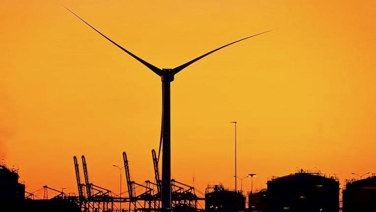 Maior turbina eólica do mundo construída na Holanda