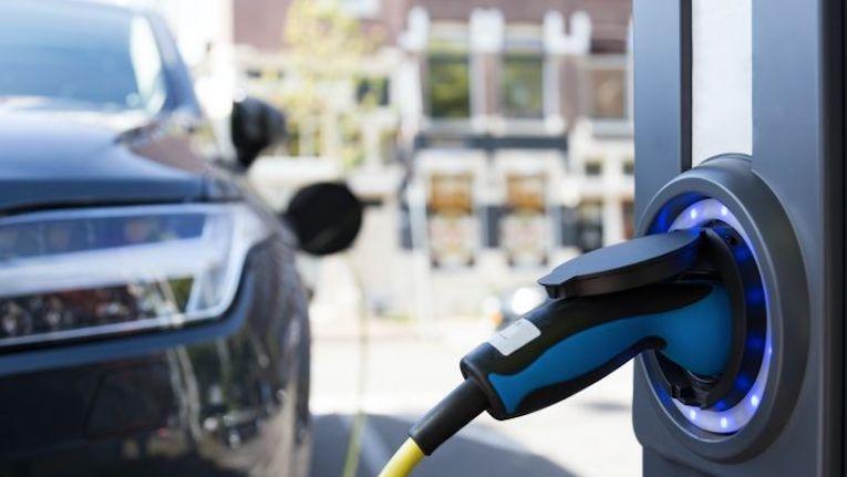 Competitividade condiciona a adoção de veículos elétricos pelos portugueses