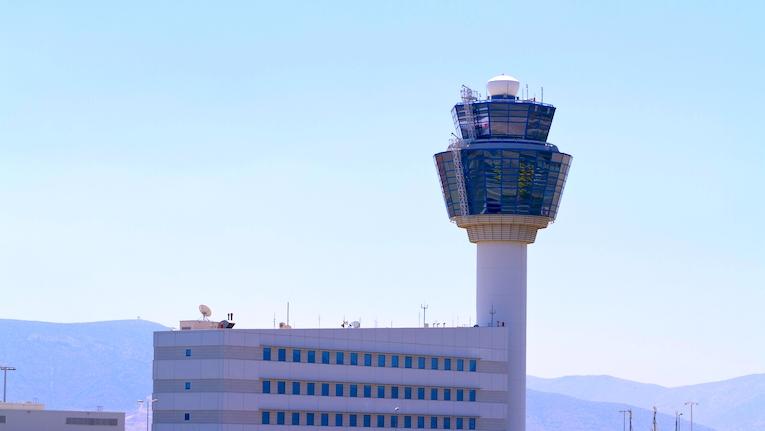 Indra ajuda a otimizar operações do aeroporto internacional de Atenas