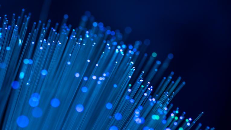 IA ajuda na manutenção de infraestruturas de fibra ótica