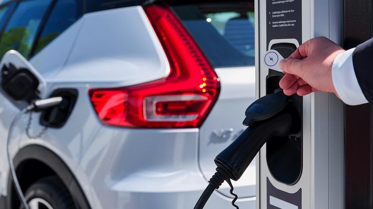 Volvo e Polestar superam a meta de emissões de CO2 da UE