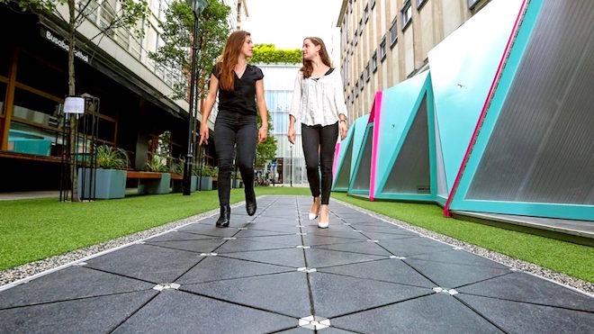 """Primeira """"calçada inteligente"""" inaugurada em Londres"""