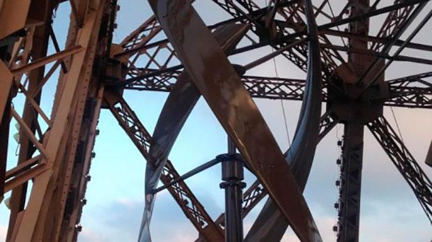 Torre Eiffel adere à energia eólica
