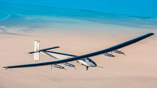 Solar Impulse 2 termina volta ao Mundo